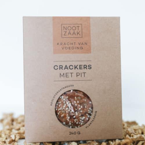 Crackers met pit